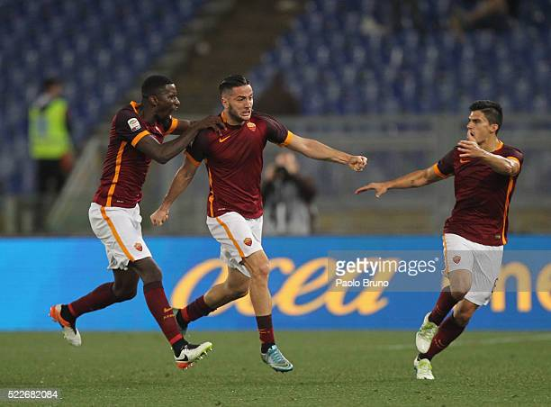 Kostas Manolas with his teammates Antonio Rudiger and Diego Perotti of AS Roma celebrates after scoring the team's first goal during the Serie A...