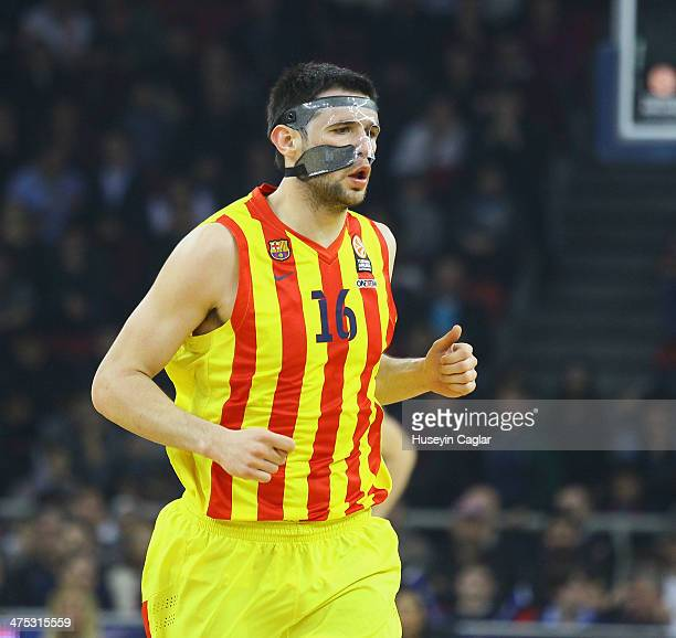 Kostas Papanikolau #16 of FC Barcelona in action during the 20132014 Turkish Airlines Euroleague Top 16 Date 8 game between Anadolu EFES Istanbul v...