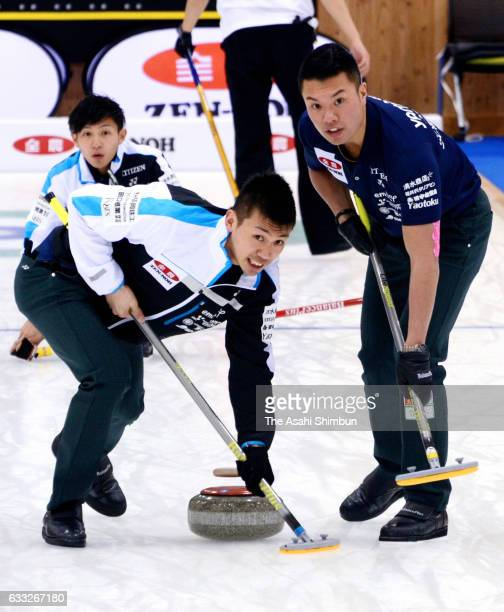 Kosuke Morozumi of SC Karuizawa delivers the stone during the Men's Round Robin match between SC Karuizawa and Sapporo Gakuin University during day...