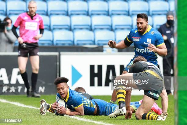 Kotaro Matsushima of ASM Clermont Auvergne scores their team's fourth and winning try during the Heineken Champions Cup Round of 16 match between...