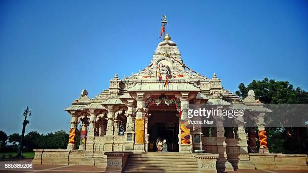 koteshwar mahadev temple-motera,ahmedabad/gujarat - ahmedabad stock pictures, royalty-free photos & images