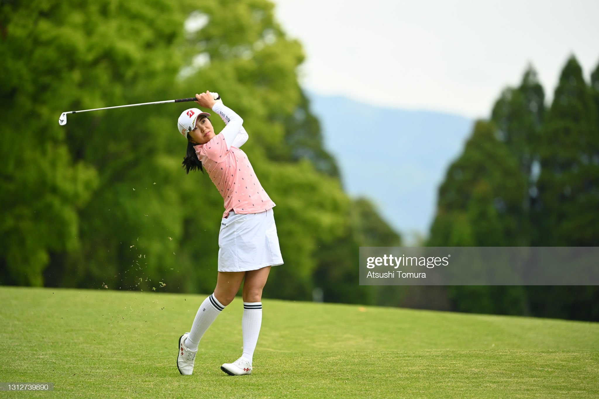 https://media.gettyimages.com/photos/kotone-hori-of-japan-hits-her-second-shot-on-the-2nd-hole-during-the-picture-id1312739890?s=2048x2048