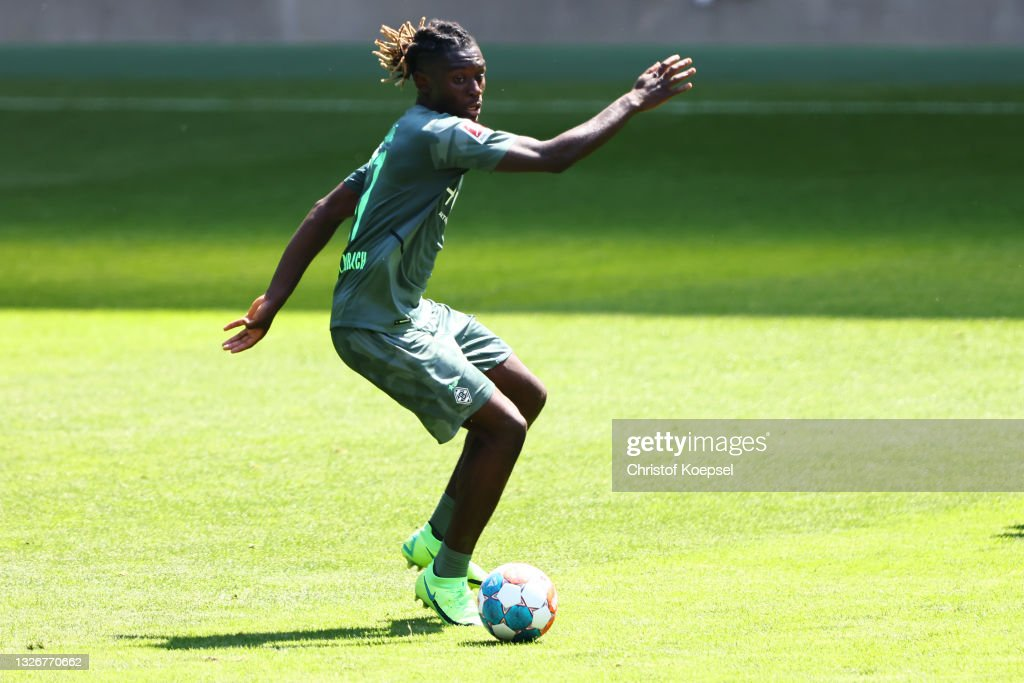Borussia Mönchengladbach - Training Kick-Off Bundesliga : Nachrichtenfoto