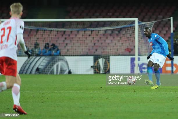 Koulibaly and Laimer in action during football match between Napoli Lipsia Napoli lost the match 13 to Lipsia