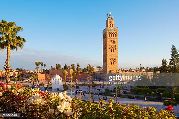 koutoubia mosque, marrakesh, morocco - マラケシュ ストックフォトと画像