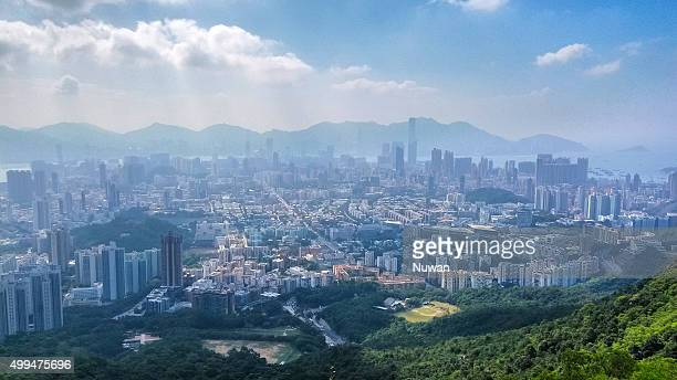 kowloon view from lion rock country park, hong kong - kowloon peninsula stock pictures, royalty-free photos & images