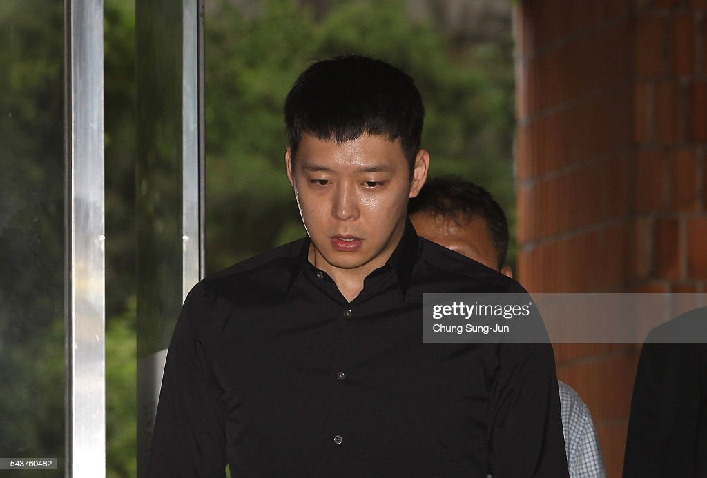 K-pop Star Park Yoo-chun Appears At Police For Questioning Over Rape Allegations : News Photo