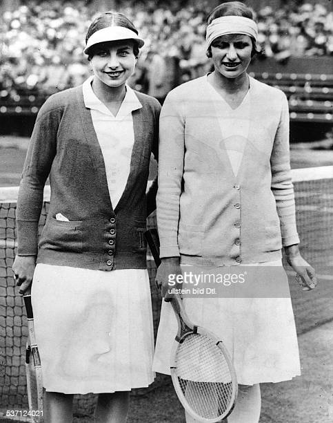 KrahwinkelSperling Hilde Tennisspielerin D/ Daenemark Turnier in Wimbledon mit Helen Wills vor ihrem Match in der ersten Runde Juni 1936 erschienen...