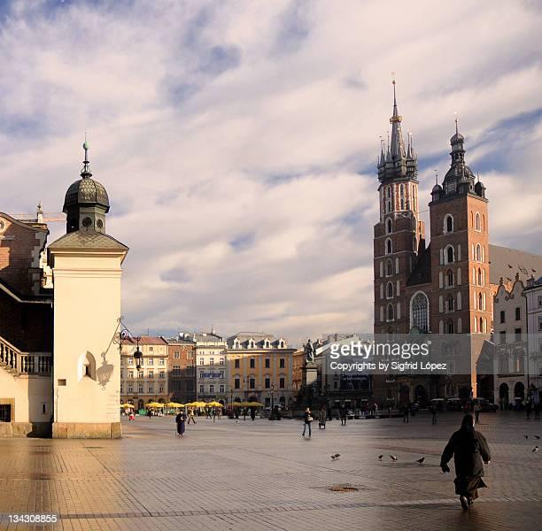 krakow nun - nun stock-fotos und bilder