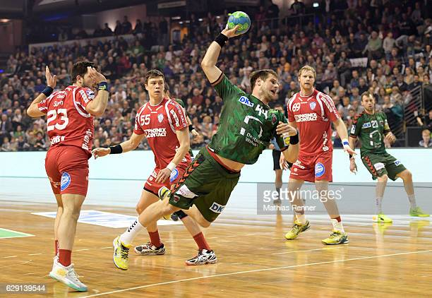 Kresimir Kozina of Fuechse Berlin throws the ball during the game between Fuechse Berlin and TBV Lemgo on december 11 2016 in Berlin Germany