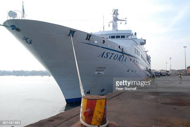 """Kreuzfahrtschiff MS """"Astoria"""", Hafen, Asien, Schiff, Wasser, Meer, Reise, BB, DIG; P.-Nr.: 603/2008, ;"""