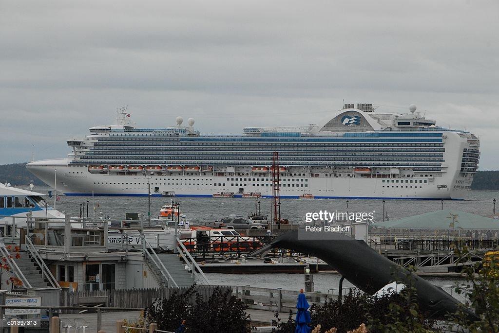 Kreuzfahrtschiff Crown Princess Hafen Bar Harbor Insel Mount - Cruise ship bar harbor