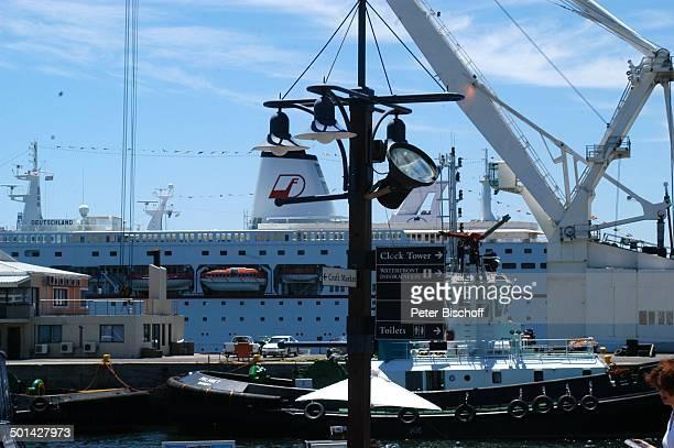 Kreuzfahrtschiff MS Deutschland Hafenviertel Waterfront Kapstadt Südafrika Afrika Schiff Reise BB DIG PNr 240/2006