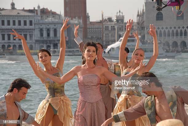 Kriemhild Jahn Tänzerinnen vom MDR Deutsches Fernsehballett Dreh zum Musikfilm Eine Nacht in Venedig mit K R I E M H I L D J A H N Basilica San...