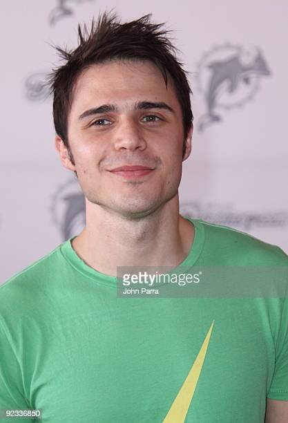Kris Allen attends Miami Dolphins game at Landshark Stadium on October 25 2009 in Miami Florida