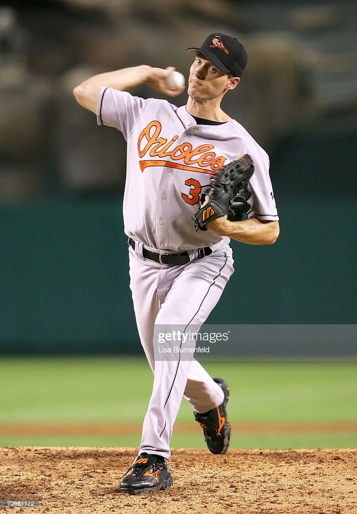 Kris Benson #34 of the Baltimore Orioles pitches against the Los Angeles Angels of Anaheim in the first inning on September 5, 2006 at Angel Stadium in Anaheim, California.