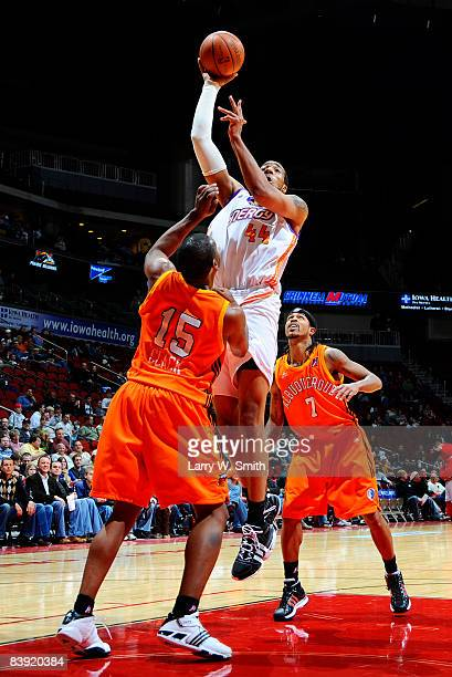 Kris Clack of the Albuquerque Thunderbirds tries to stop a drive against Courtney Sims of the Iowa Energy on December 04 2008 at Wells Fargo Arena in...