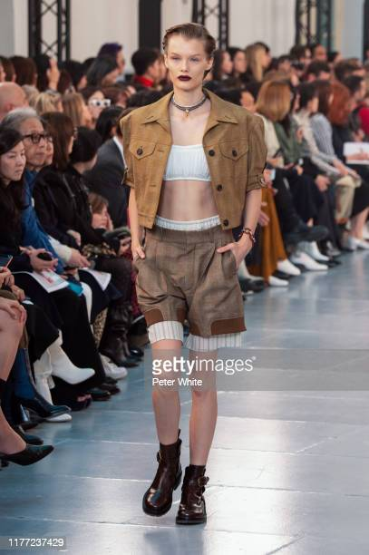 Kris Grikaite walks the runway during the Chloe Womenswear Spring/Summer 2020 show as part of Paris Fashion Week on September 26, 2019 in Paris,...