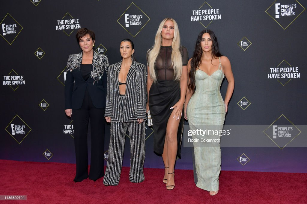 2019 E! People's Choice Awards - Arrivals : News Photo
