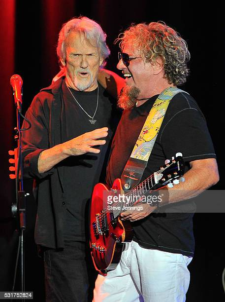 Kris Kristofferson and Sammy Hagar perform at the 3rd Annual Acoustic4ACure concert a Benefit for the Pediatric Cancer Program at UCSF Benioff...