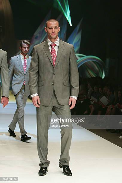 Kris Smith showcases designs by Dom Bagnato at the MYER Spring Summer 2009/10 Collection Launch at Carriageworks on August 19, 2009 in Sydney,...
