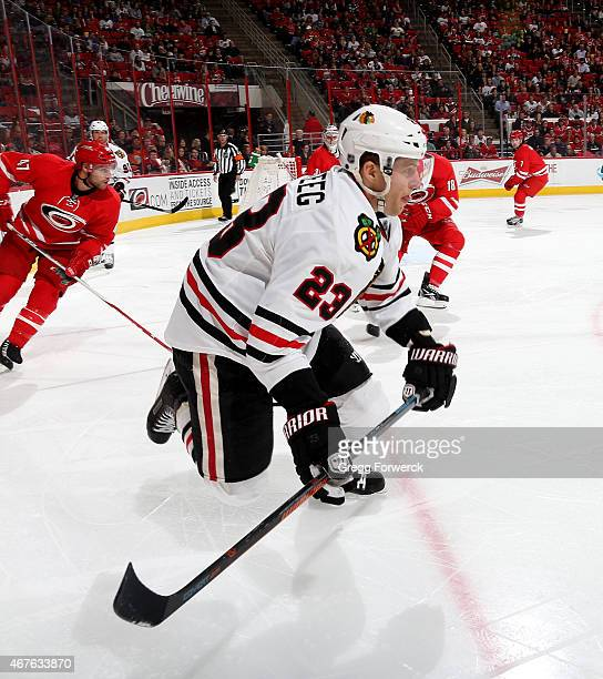 0a032d562 Kris Versteeg of the Chicago Blackhawks skates for position on the ice  during their NHL game