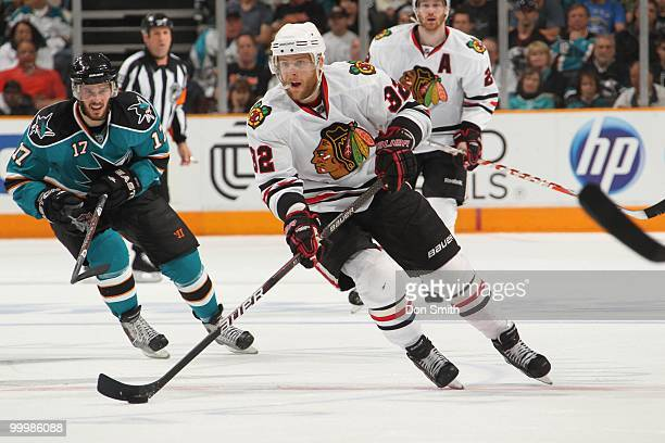 Kris Versteeg of the Chicago Blackhawks skates up ice in Game One of the Western Conference Finals during the 2010 NHL Stanley Cup Playoffs against...