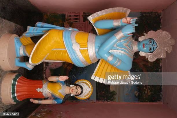 krishna and radha murthis (statues). india. - radha krishna stock pictures, royalty-free photos & images
