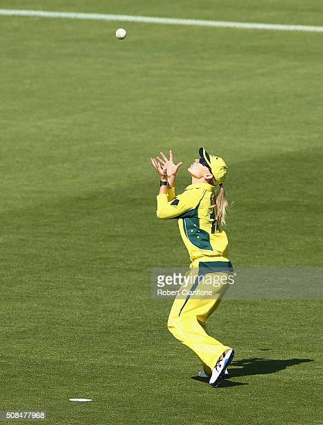 Kristen Beams of Australia takes a catch to dismiss Mithali Raj of India during game two of the women's one day international series between...