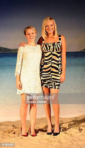 Kristen Bell and Malin Akerman attend photocall to promote 'Couples Retreat' on October 15 2009 in London England