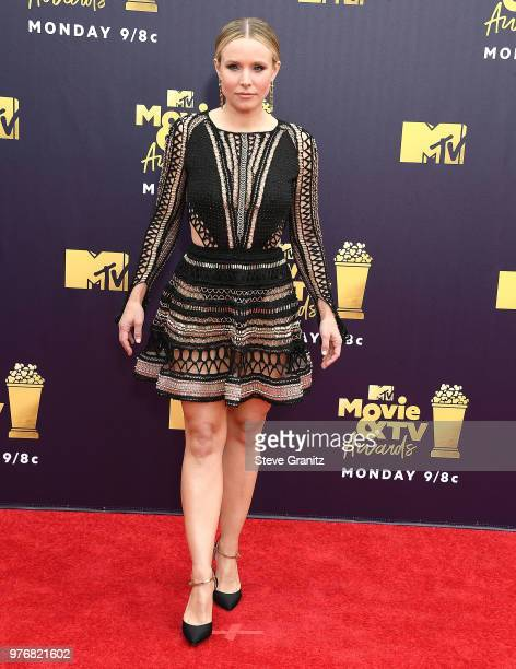 Kristen Bell arrives at the 2018 MTV Movie And TV Awards at Barker Hangar on June 16 2018 in Santa Monica California
