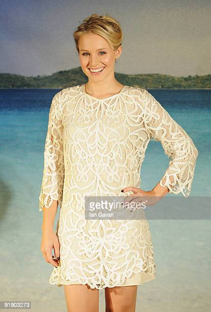 Kristen Bell attends the 'Couples Retreat' photocall at Claridge's on October 15 2009 in London England