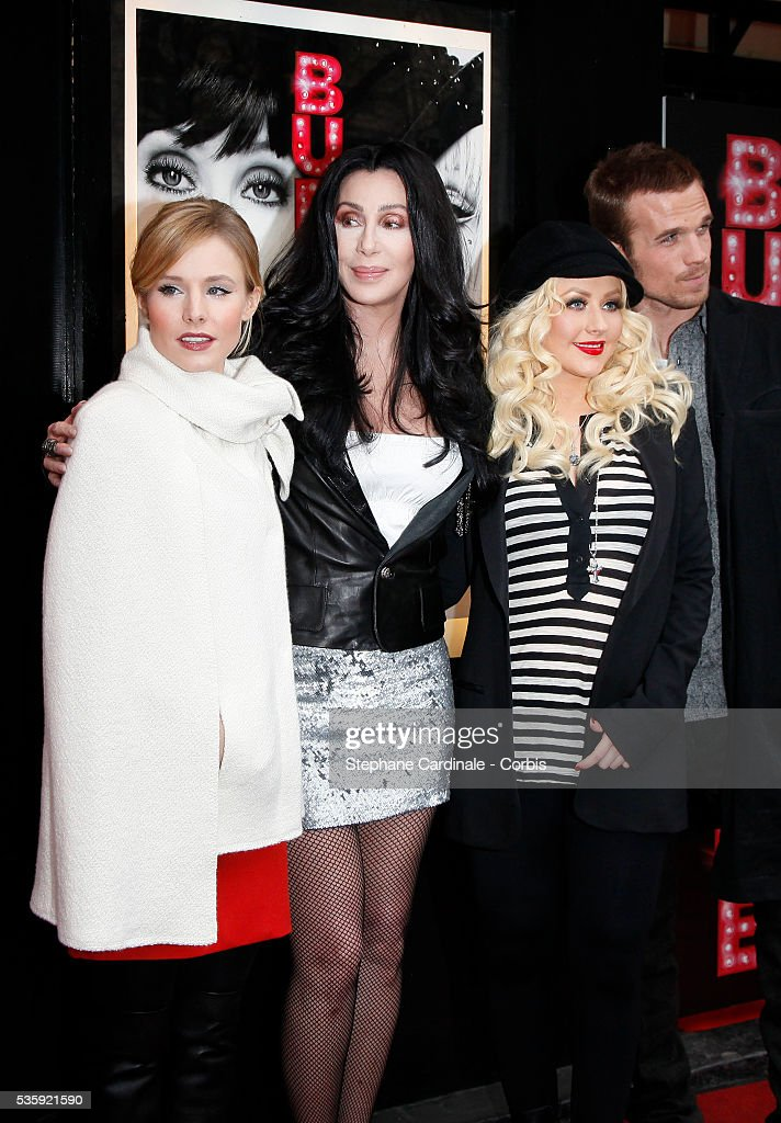 Kristen Bell, Cher, Christina Aguilera and Cam Gigandet attend the Burlesque Photocall at 'Le Crazy Horse', in Paris.