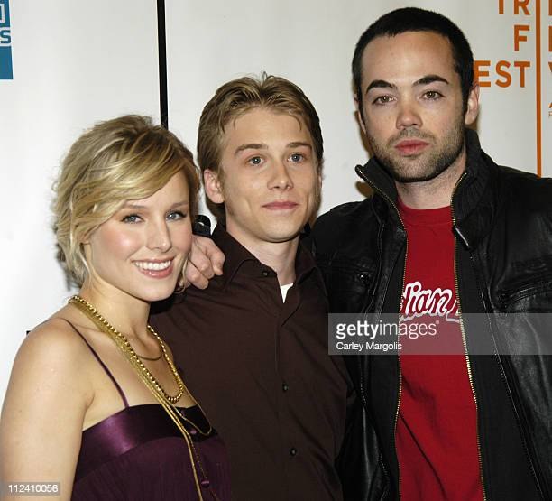 Kristen Bell Lou Taylor Pucci and John Hensley during 5th Annual Tribeca Film Festival 'Fifty Pills' Premiere Arrivals at Pace University's Schimmel...
