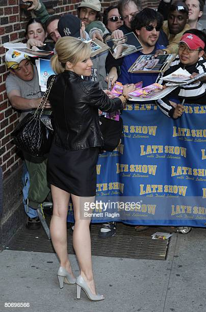 Kristen Bell visits the Late Show with David Letterman at the Ed Sullivan Theatre on April 15 2008 in New York City