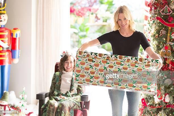 Kristen Schaal and January Jones in the 'Secret Santa' episode of THE LAST MAN ON EARTH airing Sunday Dec 6 on FOX