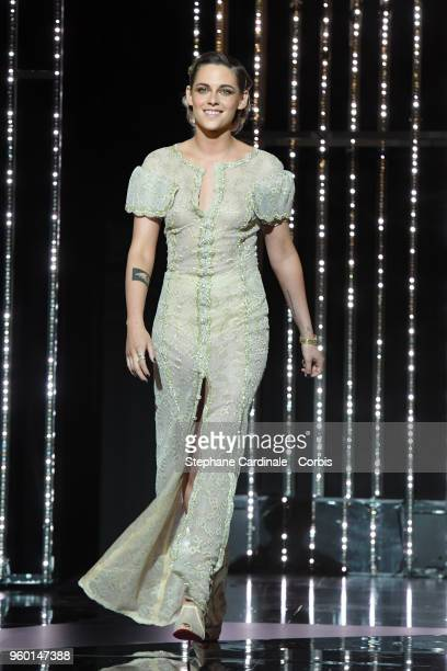 Kristen Stewart arrives on stage during the Closing Ceremony at the 71st annual Cannes Film Festival at Palais des Festivals on May 19 2018 in Cannes...
