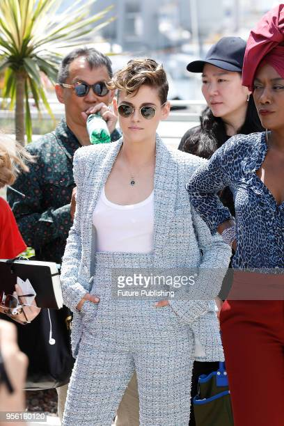 Kristen Stewart at the Jury photocall during the 71th Cannes Film Festival at the Palais des Festivals on May 8, 2018 in Cannes, France. PHOTOGRAPH...