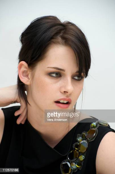 Kristen Stewart at The Twilight Saga New Moon press conference at Four Seasons Hotel on November 6 2009 in Beverly Hills California