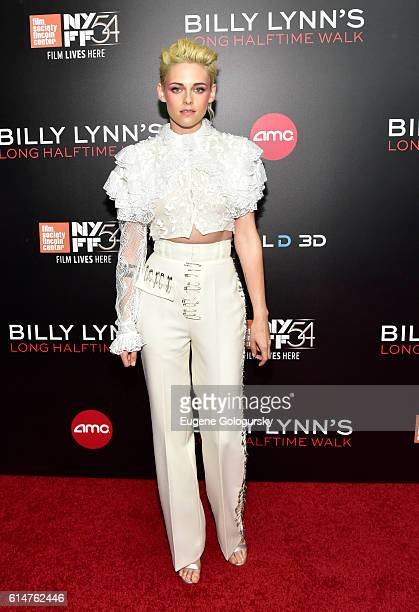 Kristen Stewart attends the RealD Sponsors World Premiere of Billy Lynn's Long Halftime Walk at AMC Loews Lincoln Square on October 14 2016 in New...