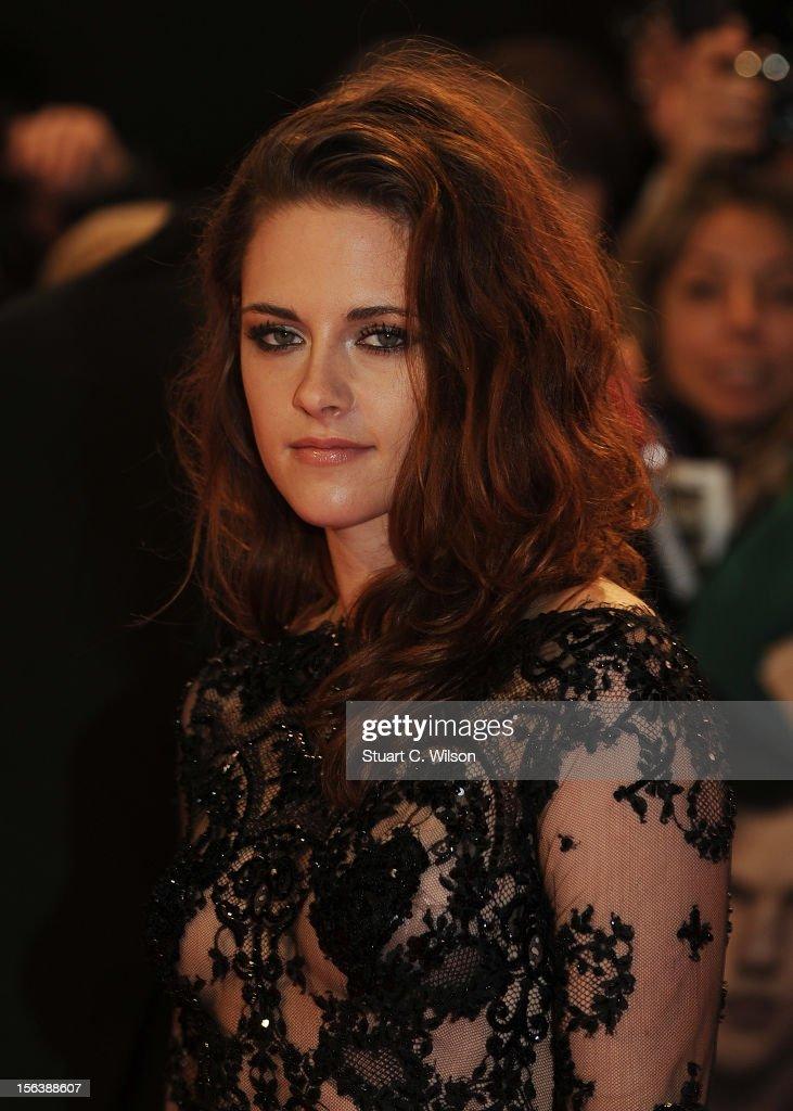 The Twilight Saga: Breaking Dawn Part 2 - UK Premiere - Arrivals : News Photo