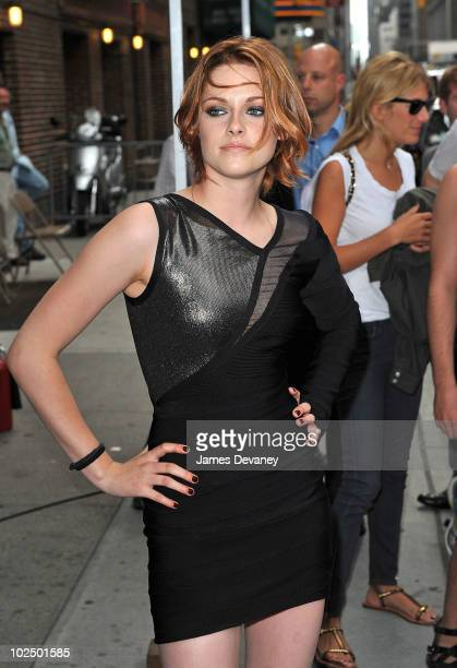 Kristen Stewart visits 'Late Show With David Letterman' at the Ed Sullivan Theater on June 28 2010 in New York City