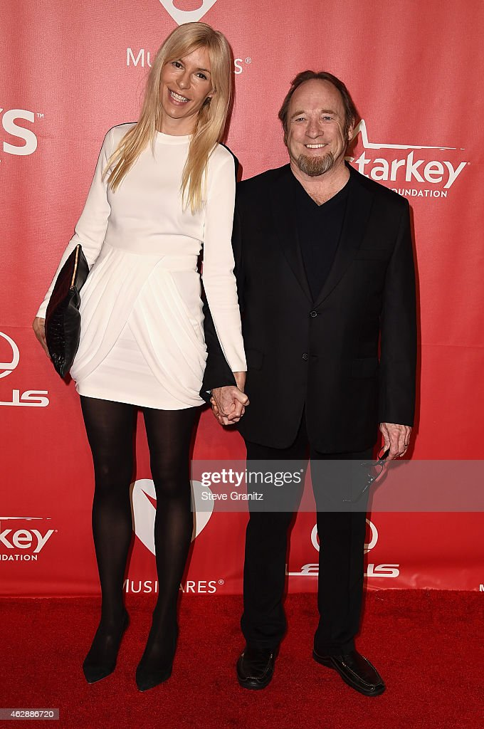 Kristen Stills (L) and musician Stephen Stills attend the 25th anniversary MusiCares 2015 Person Of The Year Gala honoring Bob Dylan at the Los Angeles Convention Center on February 6, 2015 in Los Angeles, California. The annual benefit raises critical funds for MusiCares' Emergency Financial Assistance and Addiction Recovery programs. For more information visit musicares.org.