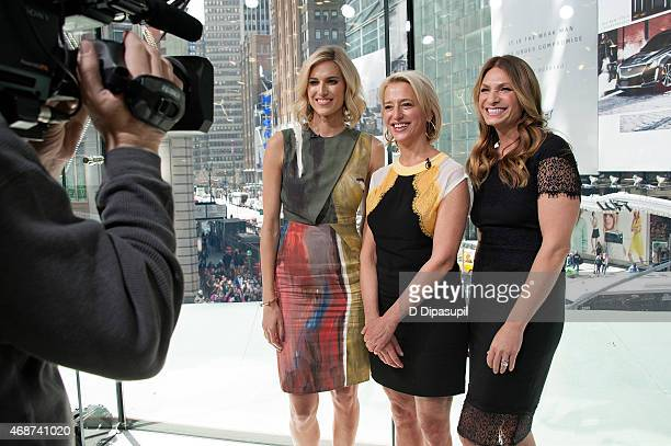 """Kristen Taekman, Dorinda Medley, and Heather Thomson of The Real Housewives of New York City visit """"Extra"""" at their New York studios at H&M in Times..."""
