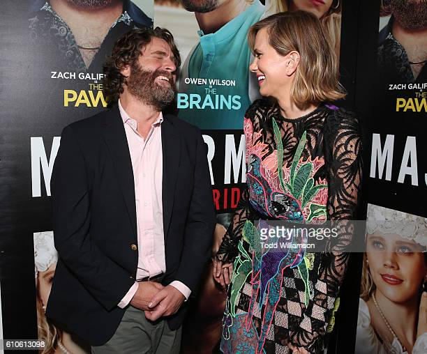 Kristen Wiig and Zach Galifianakis attend the Premiere Of Relativity Media's 'Masterminds' at TCL Chinese Theatre on September 26 2016 in Hollywood...