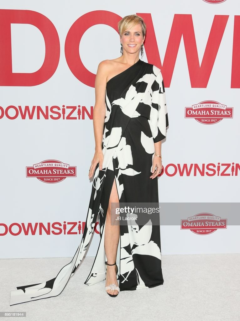 Kristen Wiig attends the premiere of Paramount Pictures special screening of 'Downsizing' on December 18, 2017 in Los Angeles, California.
