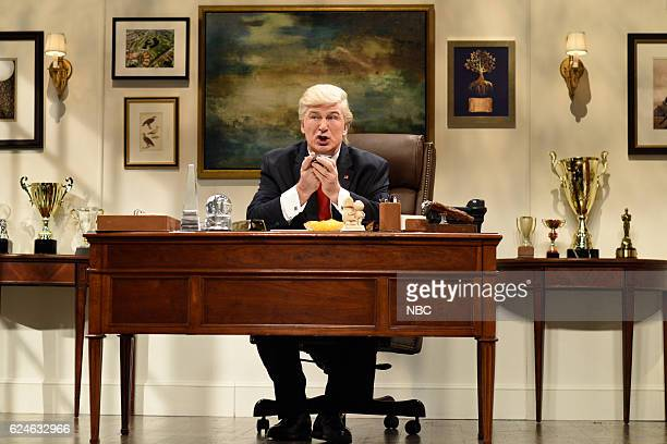 LIVE 'Kristen Wiig' Episode 1711 Pictured Alec Baldwin as Donald Trump during the 'Donald Trump Prepares Cold Open' sketch on November 19 2016