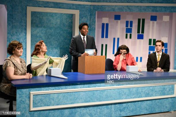 "Kristen Wiig"" Episode 1794 -- Pictured: Lauren Holt, host Kristen Wiig as Mindy Elise Grayson, Kenan Thompson as Grant Choad, Kate McKinnon, and..."