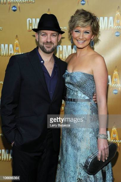 Kristian Bush and Jennifer Nettles of Sugarland attend the 44th Annual CMA Awards at the Bridgestone Arena on November 10 2010 in Nashville Tennessee
