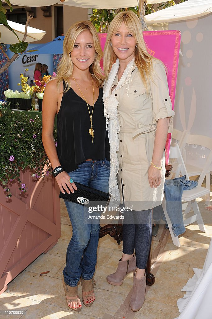 Kristin Cavallari and Lisa Gastineau attend the Kari Feinstein MTV Movie Awards Style Lounge held at Montage Beverly Hills on June 3, 2010 in Beverly Hills, California.